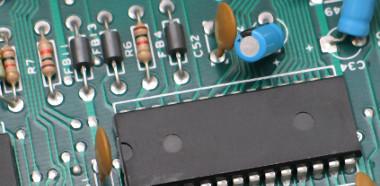Sistema de inspección de PCBs de doble cara
