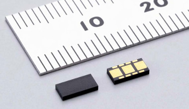 Sensor de aceleración angular MEMS