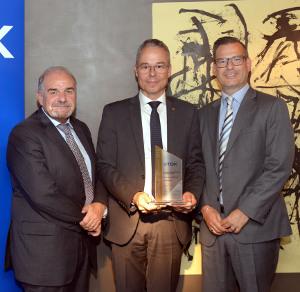 TTI consigue calificaciones Senten Manten en los premios de distribución europeos de TDK