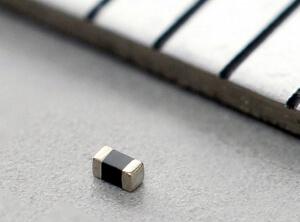 Filtro de ruido RF de pequeño tamaño