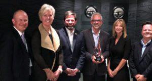 Premio al distribuidor global de alto servicio 2017