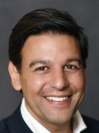 Esam Elashmawi nombrado director de marketing y estrategia