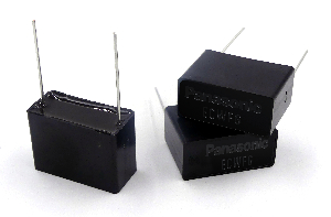 Condensadores con calificación AEC-Q200 para automoción