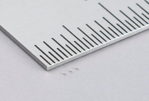 Condensadores MLCC de 100 nF para aplicaciones móviles