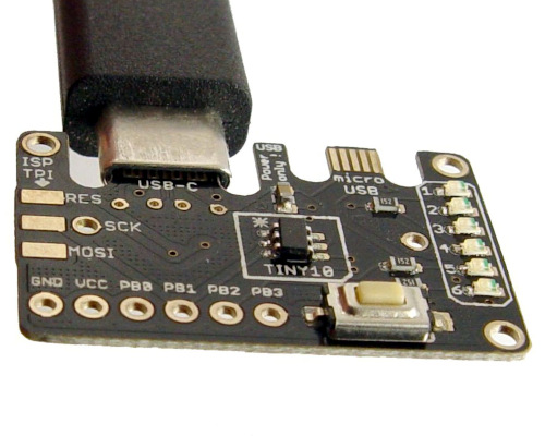 Tarjeta de desarrollo ATtiny10 con USB-C y Micro USB
