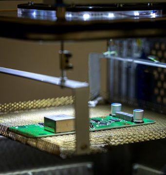 Máquina de soldadura por fase de vapor