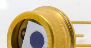 Fotodetector circular ultravioleta