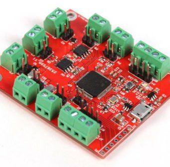 Adaptador de interfaz multiprotocolo para emulación de dispositivos